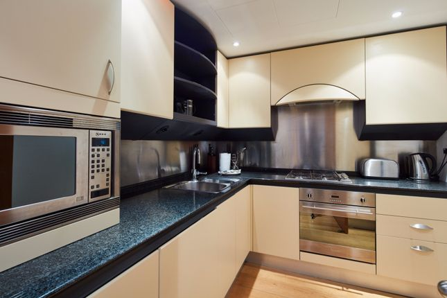 Thumbnail Flat to rent in 32 Westferry Circus, London