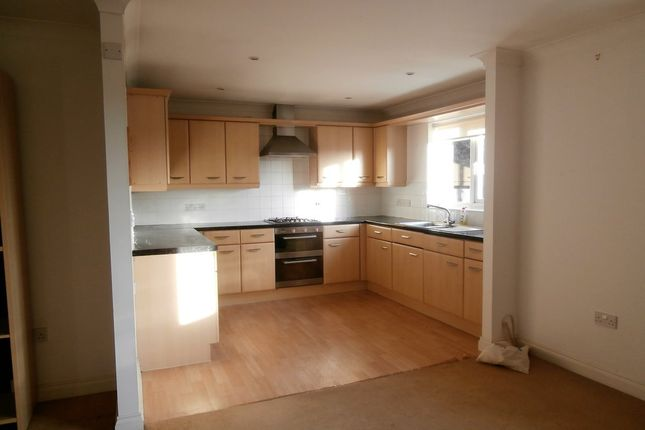 Thumbnail Flat to rent in St. Marychurch Road, Newton Abbot