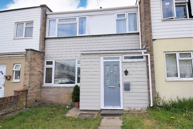 3 bed terraced house to rent in Juniper Square, Havant PO9
