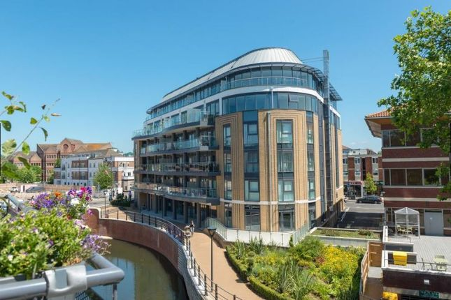 Thumbnail Penthouse for sale in The Picturehouse, High Street, Maidenhead
