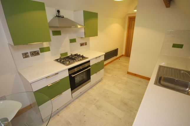 Thumbnail Flat to rent in St Michael'S Road, Headingley, Leeds