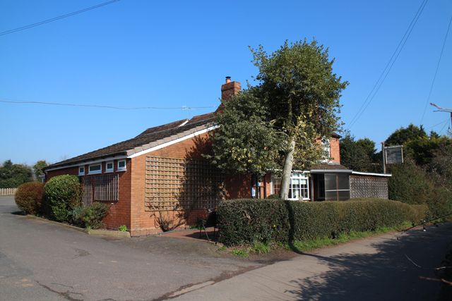 Thumbnail Pub/bar for sale in Ombersley, Worcester