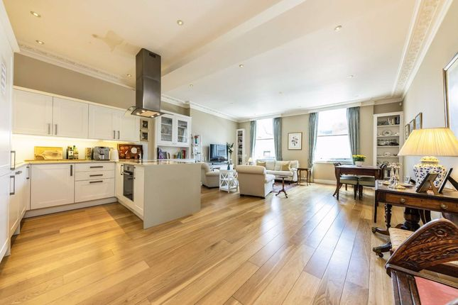 Thumbnail Flat for sale in The Quadrant, Richmond