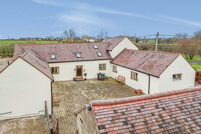 3 bed barn conversion for sale in Stone Road, Yarlet, Stafford ST18