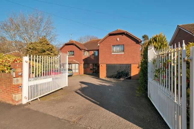 Thumbnail Detached house for sale in Substantial Multigenerational Home, Priestfields, Rochester