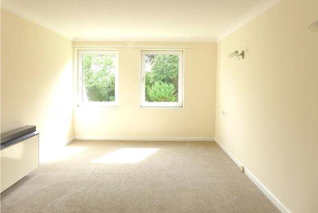 Thumbnail Flat to rent in Homebourne House, Belle Vue Road, Paignton, Devon
