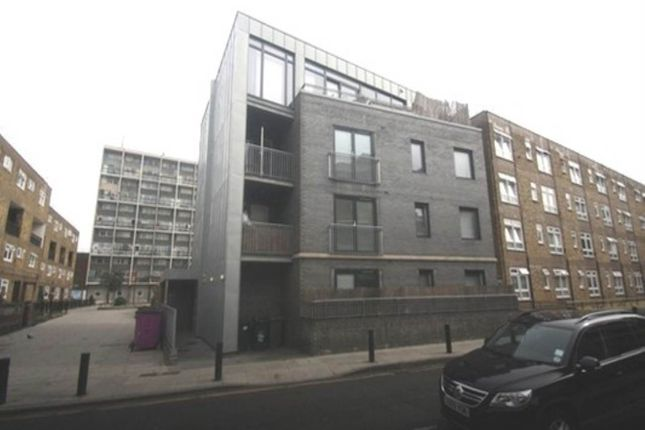 Thumbnail Flat to rent in Headlam Street, Whitechapel, London
