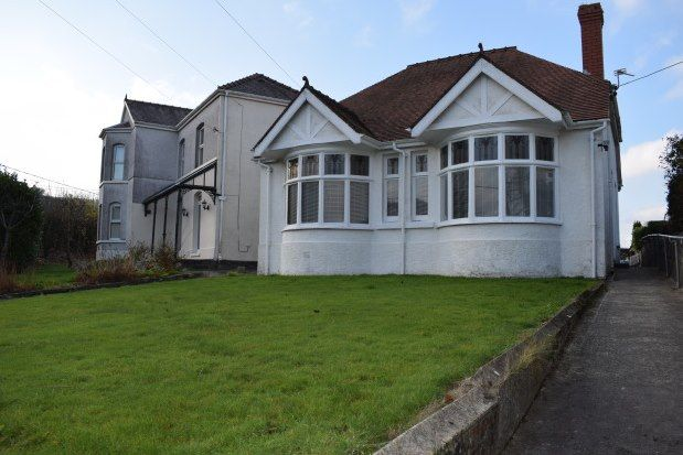 Thumbnail Detached bungalow to rent in Brynlloi Road, Ammanford