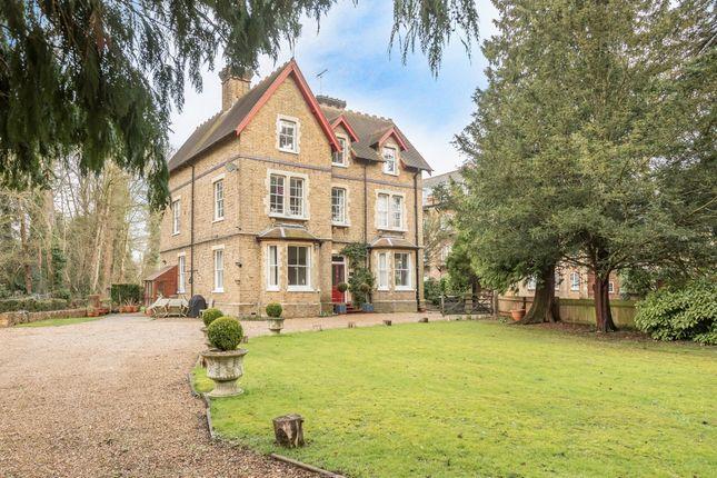 Thumbnail Flat to rent in Grove Mill Lane, Watford