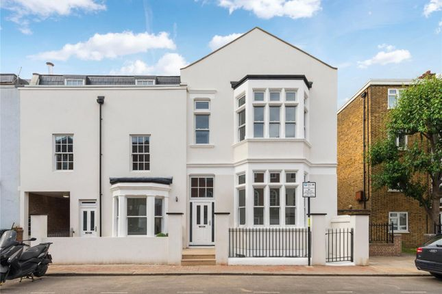 Thumbnail Property for sale in Vicarage Crescent, Battersea, London