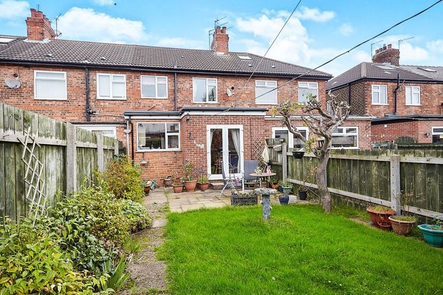 3 bed terraced house for sale in Colville Avenue, Hull