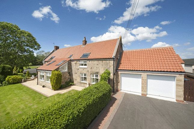 Thumbnail Cottage for sale in Dissington Lane, Newcastle Upon Tyne