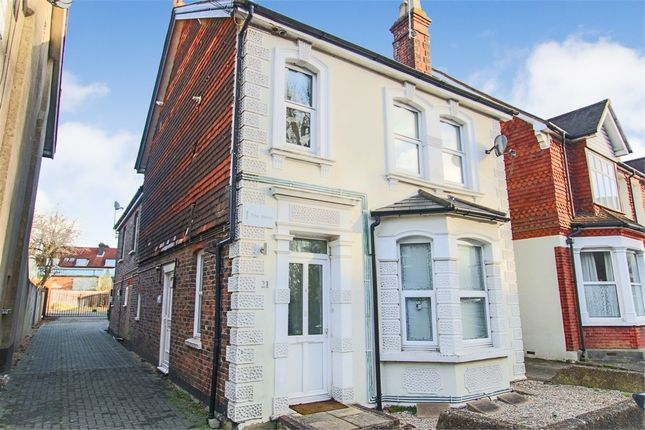 Thumbnail Flat for sale in 21 St James Road, East Grinstead, West Sussex