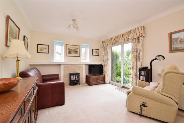 2 bed flat for sale in Alma Road, Reigate, Surrey