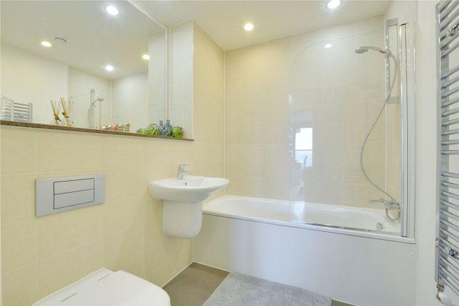 Bathroom of Adagio Point, 3 Laban Walk, Deptford, London SE8