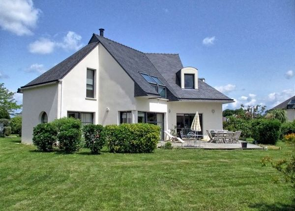 5 bed property for sale in 56000, Vannes, Fr