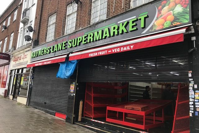Restaurant/cafe for sale in Rayners Lane, Harrow