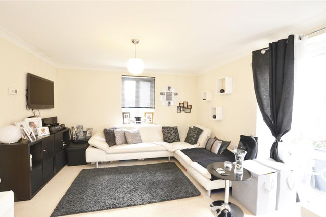 Thumbnail Flat for sale in Thornley Close, Abingdon, Oxfordshire