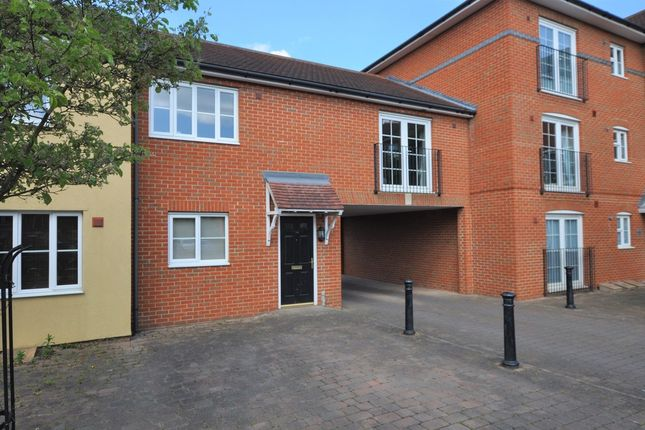 Thumbnail Flat for sale in Sun Street, Sawbridgeworth