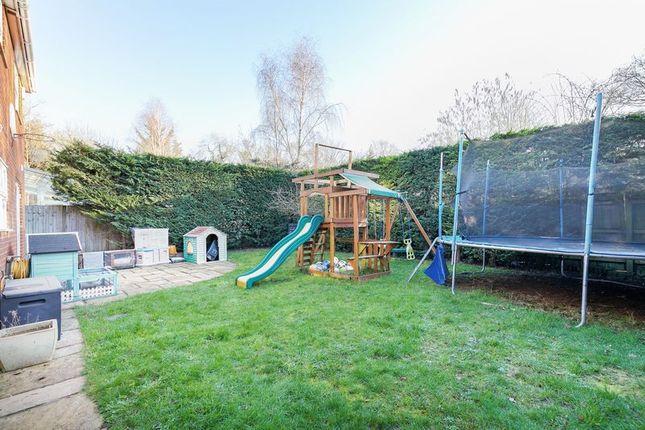 Photo 12 of Abergavenny Gardens, Copthorne, West Sussex RH10