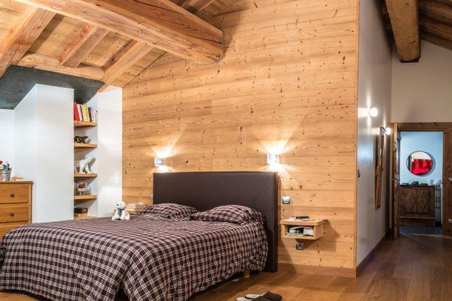 Bedroom of Saint Martin De Belleville, Savoie, France