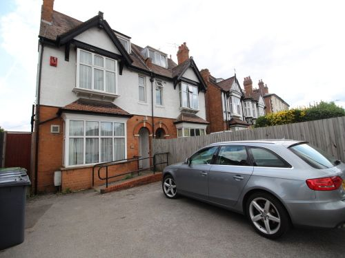 Thumbnail Terraced house to rent in Burbury Court, Emscote Road, Warwick