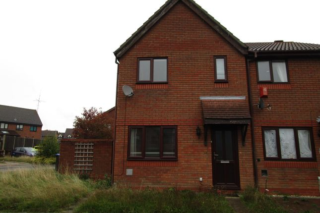 Thumbnail 3 bed property to rent in Claregate, Northampton