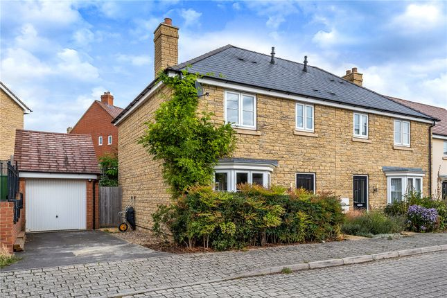 Thumbnail Semi-detached house for sale in Gilligans Way, Faringdon, Oxfordshire