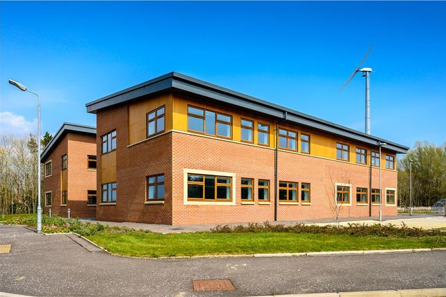 Thumbnail Office to let in Block 7, Annickbank Innovation Campus, Annick Road, Irvine