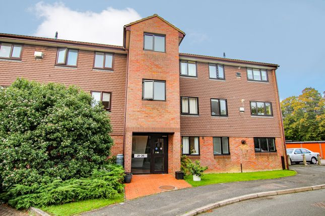 2 bed flat to rent in Broadwater, Berkhamsted, Hertfordshire HP4