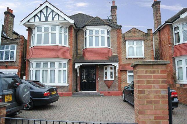 Thumbnail Flat to rent in Gunnersbury Avenue, London