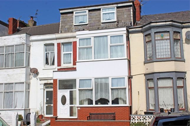 Town house for sale in Shaw Road, Blackpool, Lancashire