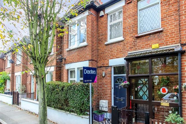 3 bed property for sale in Wandle Bank, Colliers Wood, London