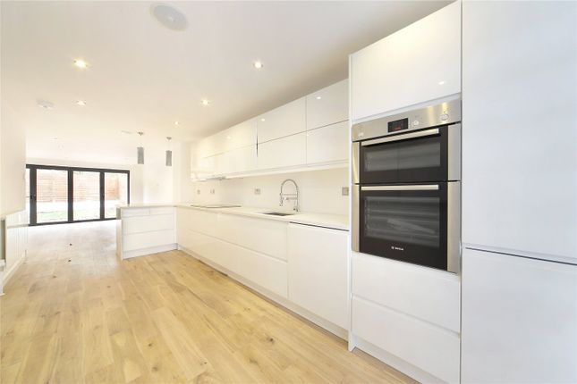 5 bed property for sale in Muir Drive, Wandsworth, London