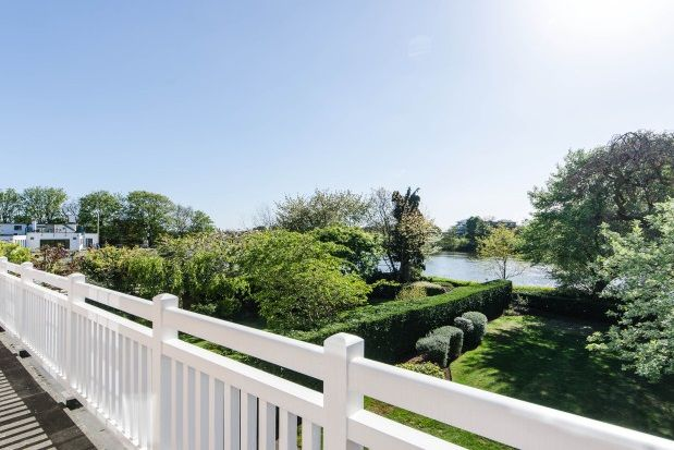 Thumbnail Property to rent in Redcliffe Gardens, Chiswick