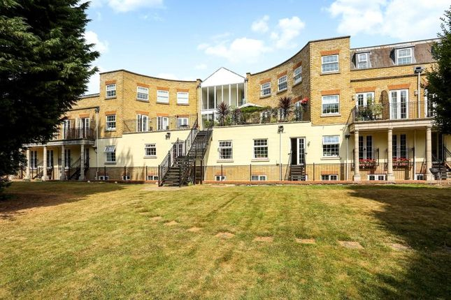 Thumbnail Flat to rent in Wellington Lodge, North Street, Winkfield, Windsor