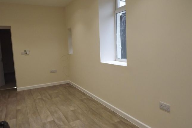 Thumbnail Cottage to rent in Charles Street, Milford Haven