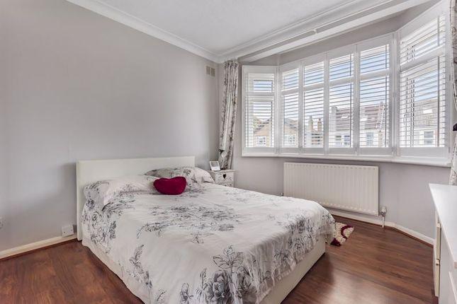Bedroom 1 Shot 2 of Parkview Road, London SE9