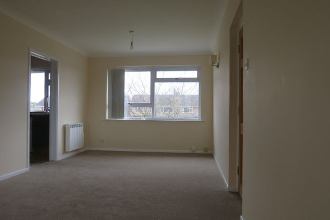 Thumbnail Flat to rent in Queen Eleanors Court, Long Hanborough, Witney
