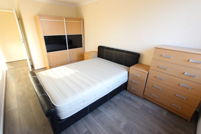 Thumbnail Flat to rent in Crescent Road, Wood Green