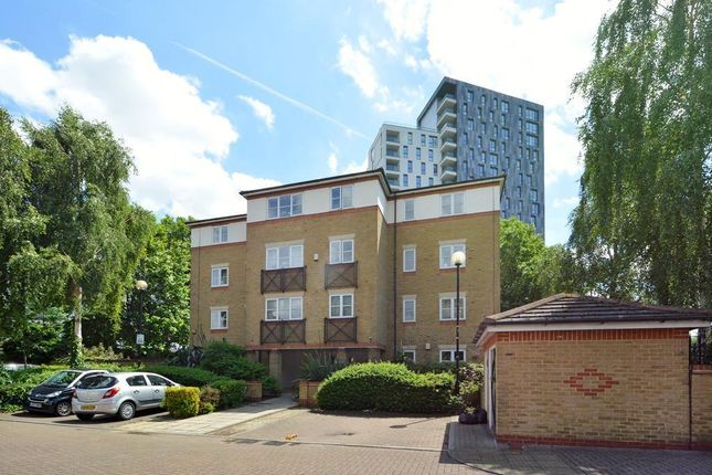 Thumbnail Flat for sale in Archers Lodge, Bermondsey, London