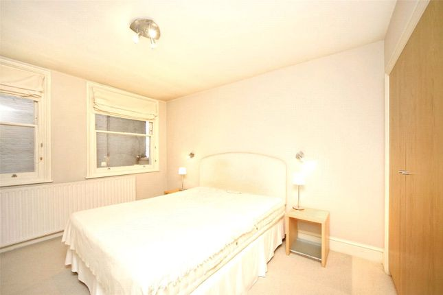 Bedroom of Clanricarde Gardens, Notting Hill W2
