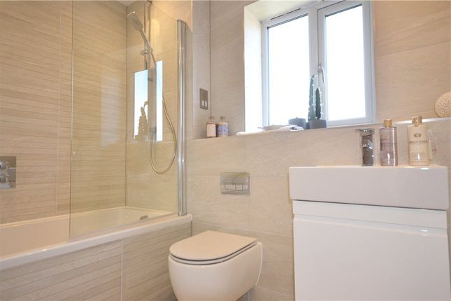 Bathroom of Larges Lane, Bracknell RG12