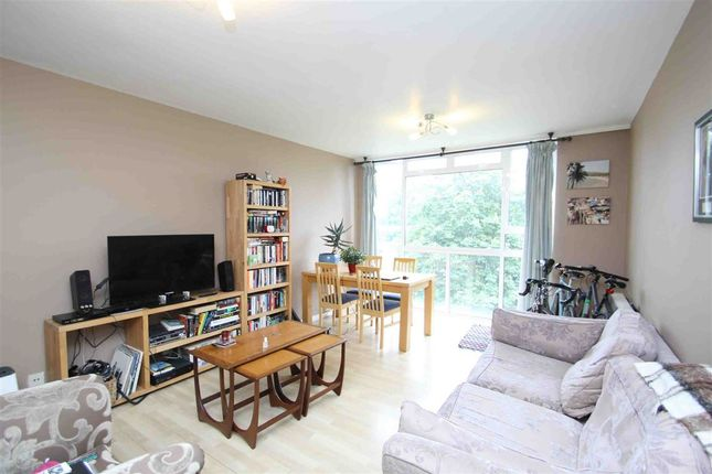 Flat to rent in Portinscale Road, London