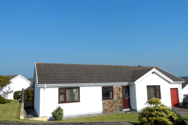 Thumbnail Bungalow to rent in Talywern, Llangennech, Llanelli