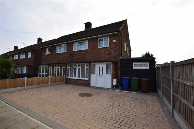 Thumbnail Semi-detached house to rent in Oxford Avenue, Chadwell St Mary, Essex