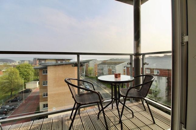 1 bedroom flat for sale in Heol Staughton, Cardiff Bay, Cardiff
