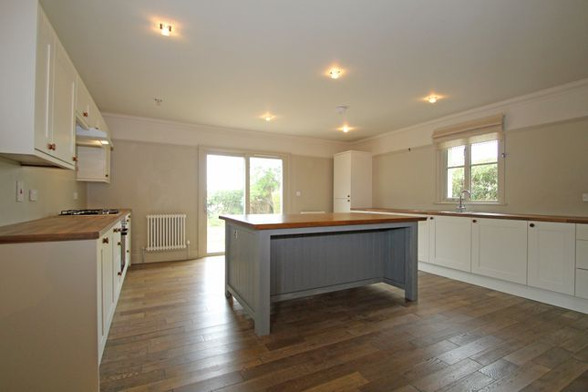 Kitchen of Widey Lane, Plymouth PL6