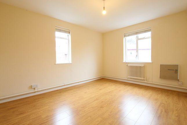 1 bed flat to rent in Byron Court, Byron Road, Harrow HA1