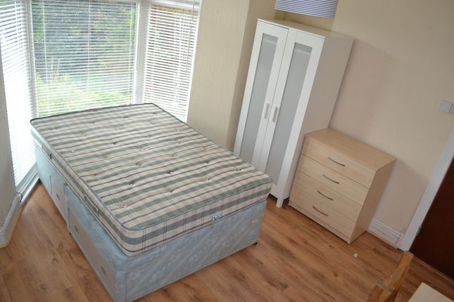 Thumbnail Shared accommodation to rent in Hanover Street, Mount Pleasant, Swansea